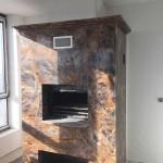 Облегченный камин-гриль, облицованный мрамором